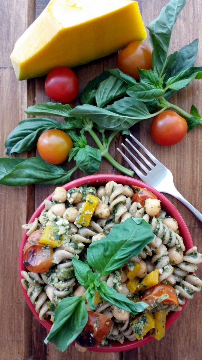 Pasta Tibia con Pesto y Verduras Asadas <3
