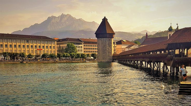 Kapelbrücke, Lucerne, Switezerland.