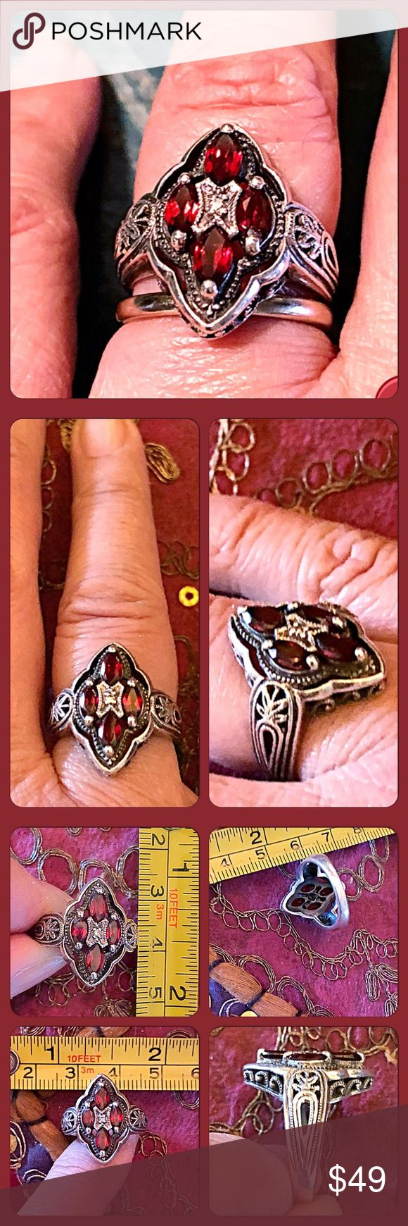 ❤️VTG .925 Sterling Silver & Red Garnet Ring❤️ Gorgeous Victorian/Edwardian style ring that has prong set red marquise shaped garnet stones set in 925 sterling silver. The sides have detailed carvings making it not just an ordinary looking ring. I've had this since the late 1980's and it's still in great vintage condition. About 5.5gms in wt. Size 6. Vintage Jewelry Rings