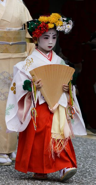 Young participant in the Zuiko Matsuri ~ Kyoto, Japan. October 4, 2013. Photography by Tamayura on Flickr