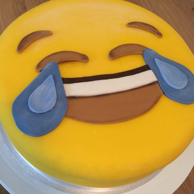 53 Best Images About Emoji Cake On Pinterest Smiley