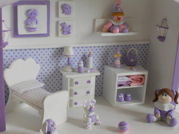 Cenário em mdf, decorados com peças em  madeira, resina e miniaturas em biscuit modeladas a mão.O papel de parede e as cores dos enfeites são personalizados do seu jeito.Para acrescentar personagens, consultar preço. R$ 100,00