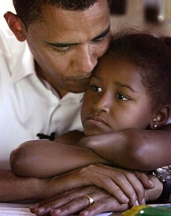 Daddy's girl ♥ President Barack Obama and his daughter Sasha