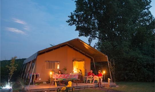 Herfst op deboerderij in een FarmCamps safaritent