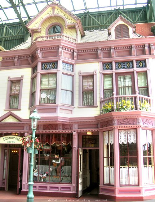 Tokyo Disneyland. All the shops here are Victorian-styled! — As seen on Sparklette.net