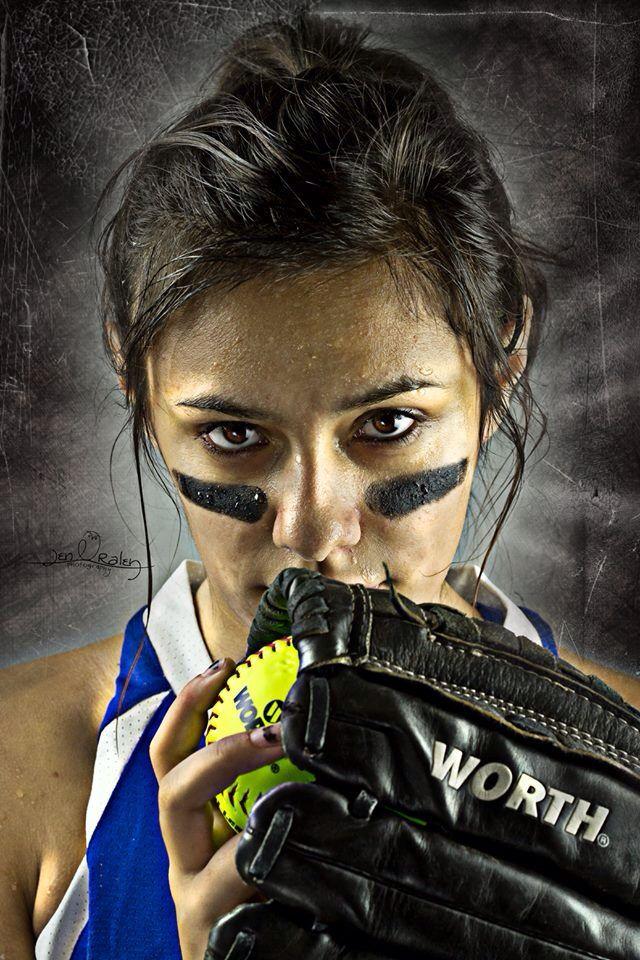 Senior girl softball | copyright 2014 Jen Raley photography www.jenraleyphotography.com