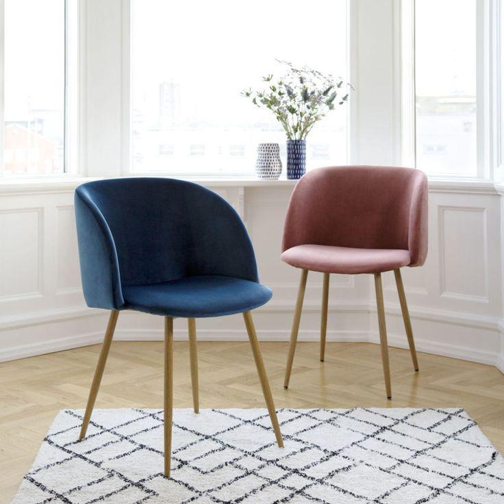 Søstrene Grene doet het: fluwelen stoelen voor weinig | ELLE Decoration NL