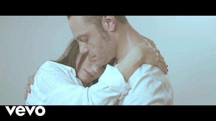 Tiziano Ferro - Il Conforto ft. Carmen Consoli - YouTube  • è qualcosa che ha a che fare con te...