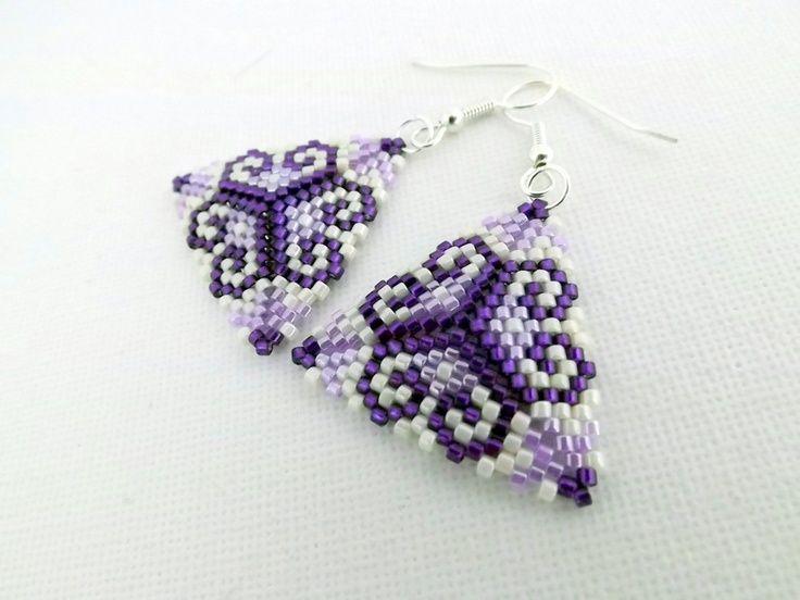 peyote earings | Beadwork Peyote Triangle Earrings Purple Violet ... | Triangle Peyote