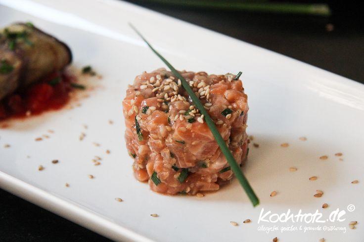 Ein ganz simples Rezept für Lachstartar mit vielen Alternativen für Allergiker und Menschen mit Nahrungsmittel-Intoleranzen. Ist eine leckere Vorspeise oder zusammen mit Salat auch eine tolle Hauptspeise. In 10 Minuten zubereitet und gut geeignet für Kochanfänger.