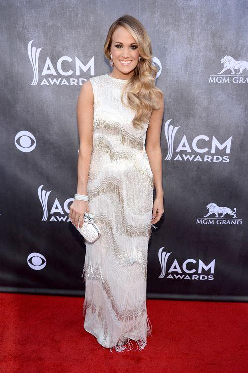 Brides: Get Carrie Underwood's Wedding-Worthy Oscar de la Renta Gown