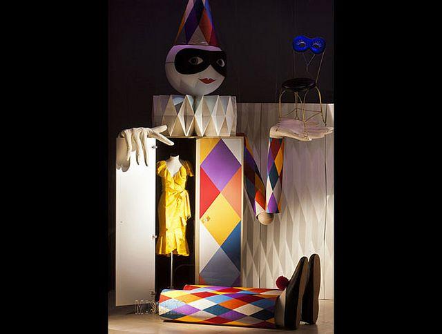 #altreforme Theatre, #arlecchino collection design by @Moschino at Salone del Mobile 2012 #interior #home #decor #homedecor #furniture #aluminium