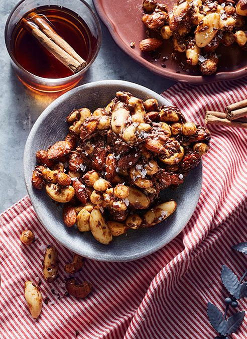 SPICED MAPLE NUTS AND SEEDS  The perfect homemade festive gift - but so good you'll want to make a double batch!