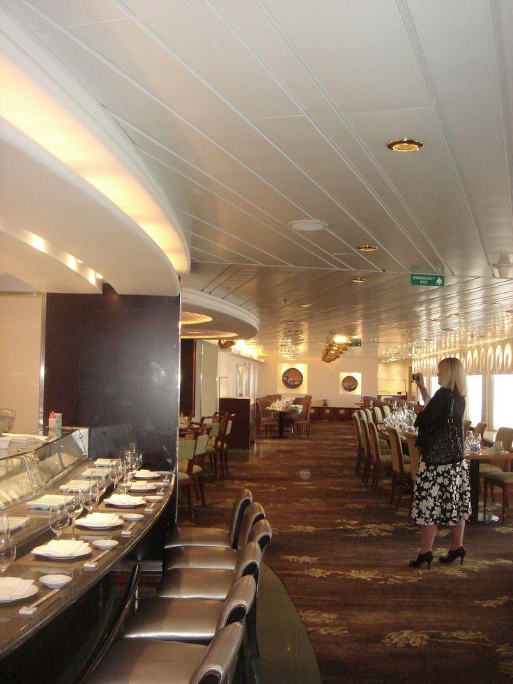 Crystal Cruises - Crystal Serenity, Sushi Bar