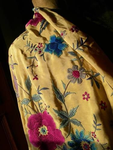 Fabulous antique 1920s hand embroidered silk Canton piano shawl