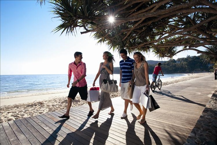 Main Beach Boardwalk, Noosa Heads, Sunshine Coast - The place to see and be seen, where the best of the cosmopolitan scene meets the sea. For more info go to http://www.queenslandholidays.com.au/destinations/sunshine-coast/places-to-visit/noosa-heads/index.cfm?cmpid=1996