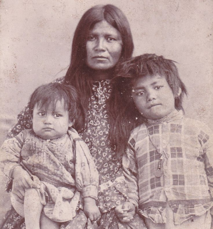 Wife of Geronimo & Two Children, 1880s, Native American Apache Indian