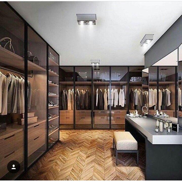 Gorgeous custom walk-in closet ideas