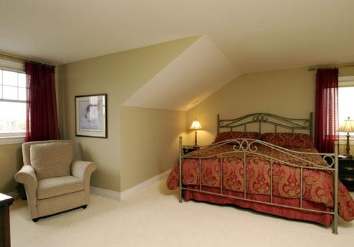 #Oriole, Bedroom