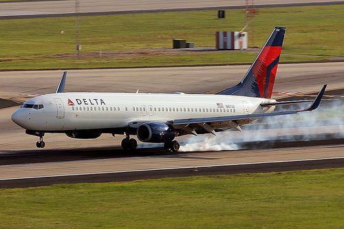 N3752 - Delta Boeing 737-800