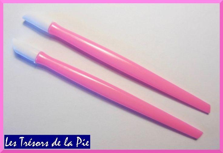 REPOUSSE CUTICULES (x2) - Outil nail art / manucure - 9,7cm - Rose