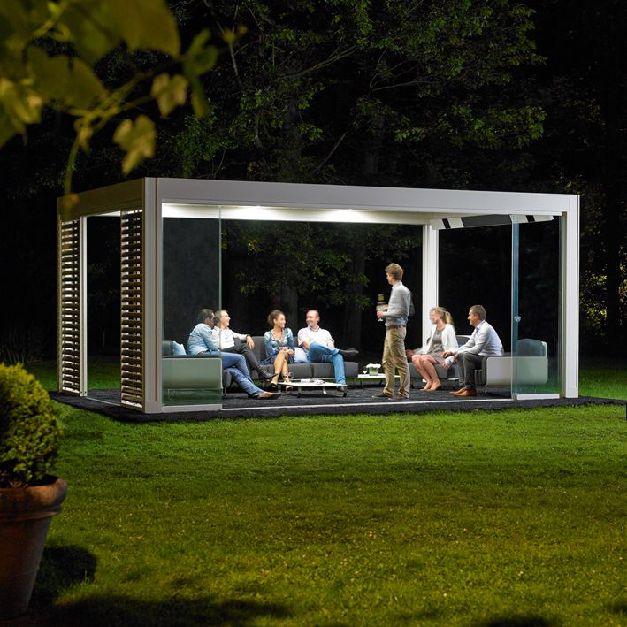 Nice The Camargue is an innovative terrace covering equipped with a bladed roof system that