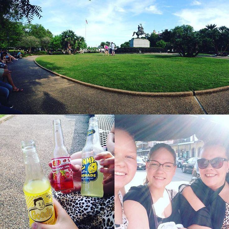 Tog idag en cykel-taxa til French Quarter i New Orleans. Købte sodavand med mærkelig smag og nød dem i en flot park med jazz musik i baggrunden#NewOrleans #frenchquarter #jazz #roadtrip by unagregersen