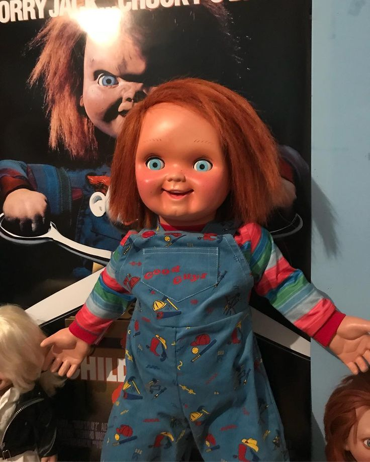 Sorry jack... Chucky is back! #chucky #chuckydoll #childsplay #goodguys #horrorcollector #horrorfan #horrorart #halloween #usa #american #90s #bestmovie #besthorror #chicago #photography #fotografia #dolls #livingdoll #bestmovie #bestofthebest #childsplay2