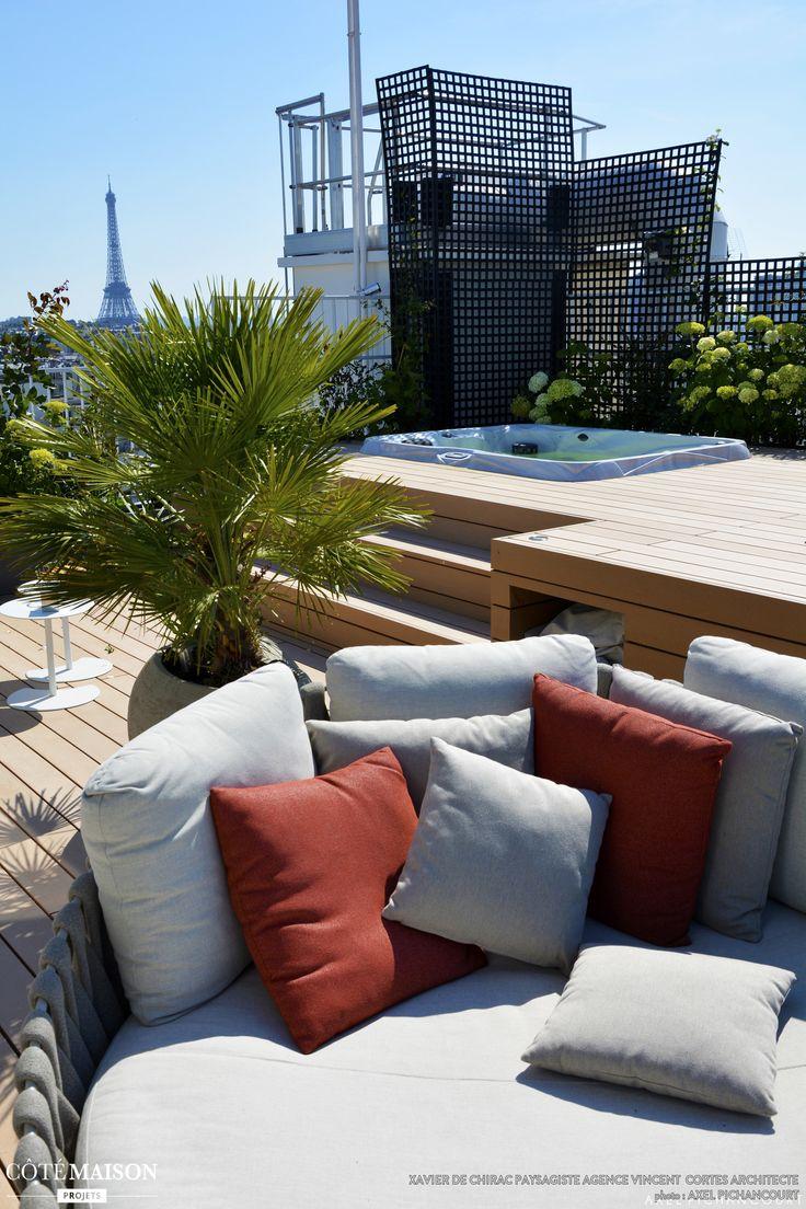 Une tr s belle vue sur les toits de paris et la tour - Images de terrasses amenagees ...