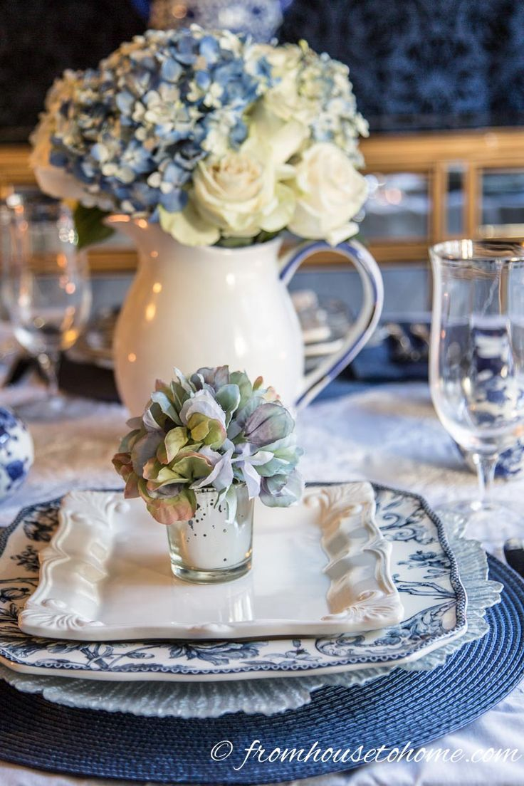 Best 25 hydrangea centerpieces ideas on pinterest white for Easter dinner table setting ideas