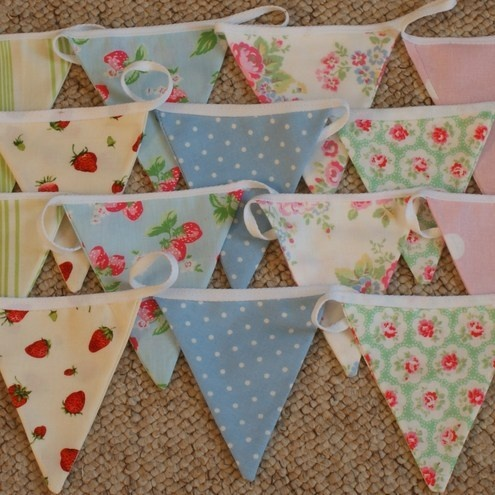 bunting- pretty fabric combinations