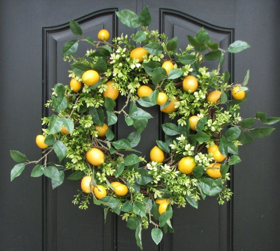 Striking Lemons and Boxwood Wreath by twoinspireyou on Easy.  Sold, but could request one like this.