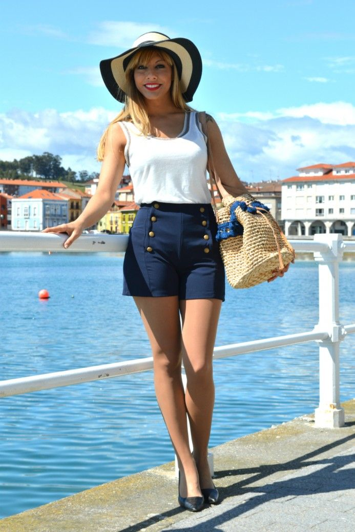 DSC_0099 #tan #pantyhose #blogger #legs #heels