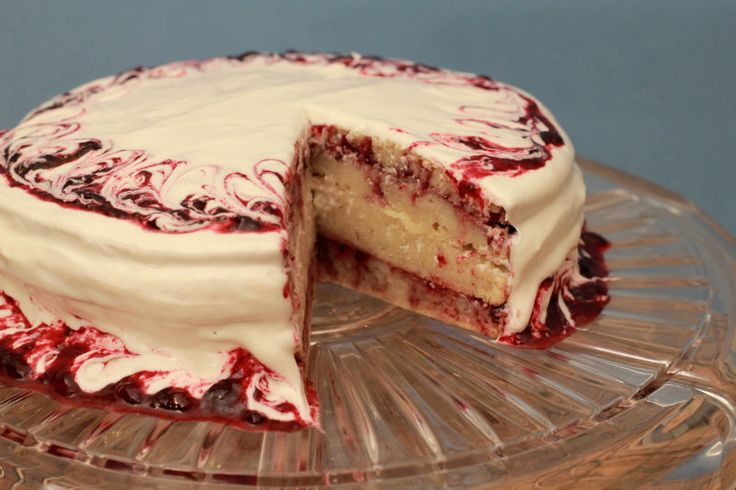 Similar to Yellow Cake, this Sugar Free White Cake tastes great, and lets you put whatever topping you want on it to make it even more delicious!