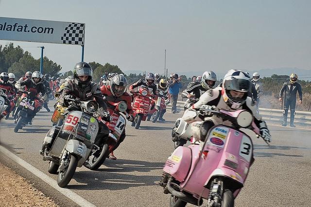 Vespa racing!