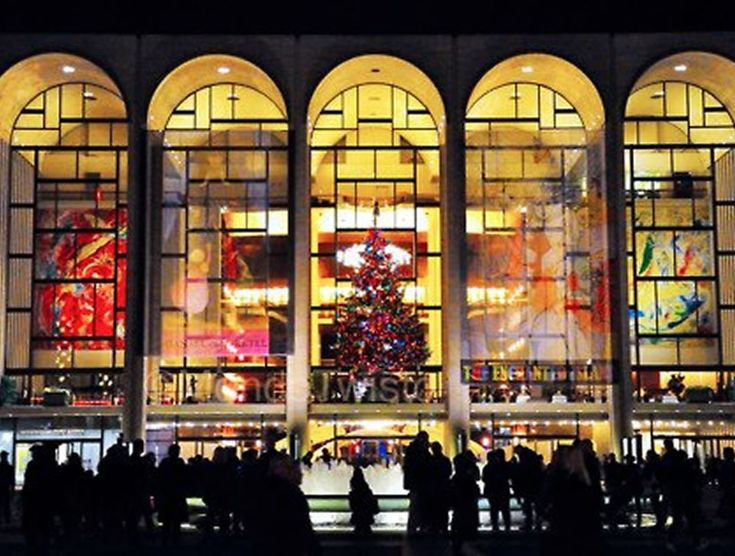 The Metropolitan Opera House is among the most powerful cultural institutions in the world of opera. The majestic 3,800-seat opera house at Lincoln Center.