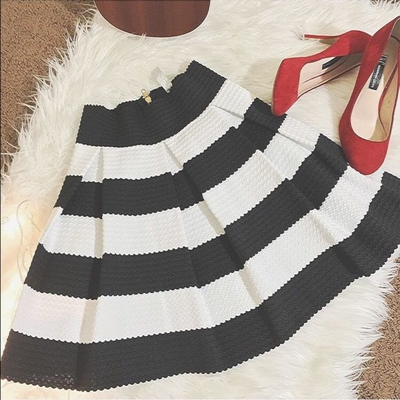 Black White Striped Elastic Flare Mini Skirt Striped high waist back zipper pleated skirt stretch material Comfort fit Looks awesome with shredded cutoffs and neon shades!never been worn Skirts Circle & Skater