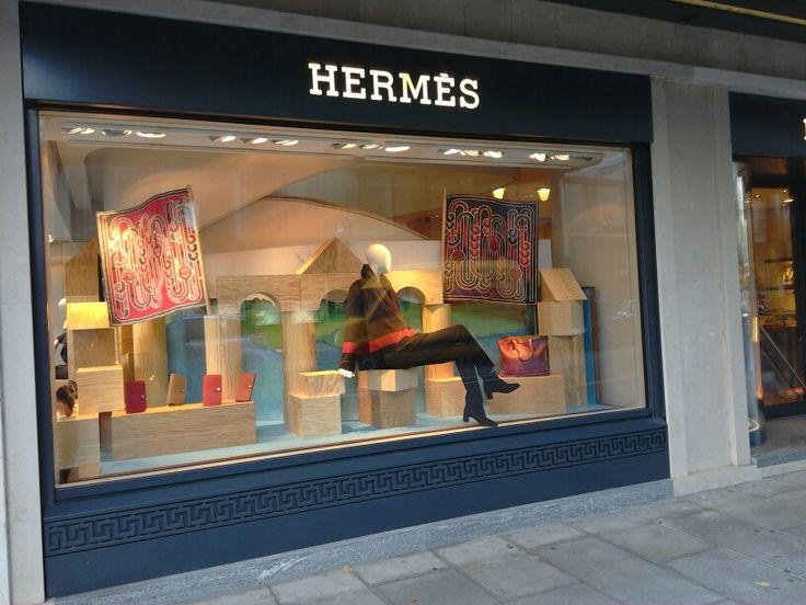 #geneva #geneve #switzerland #hermes #vm #visualmerchandising #windowdressing