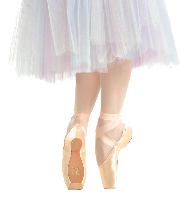 GAYNOR MINDEN ゲイナーミンデン- ハイテクトゥシューズ(Sleek)GMP    #gaynorminden#ballet#ゲイナー#トゥシューズ #ポワント  【1万円以上送料無料/Worldwide Delivery】Grishko(グリシコ), Wear Moi(ウェアモア)をはじめ、日本未発売の欧米のバレエ用品を一早くご紹介。新体操用の長袖レオタード、大きいサイズ レオタード, メンズ・男の子バレエ用品, 幅細トゥシューズ、ダンス・バトン・チア衣装は当店にお任せ下さい。【輸入バレエ用品通販専門店】LINE:@eyr3713k