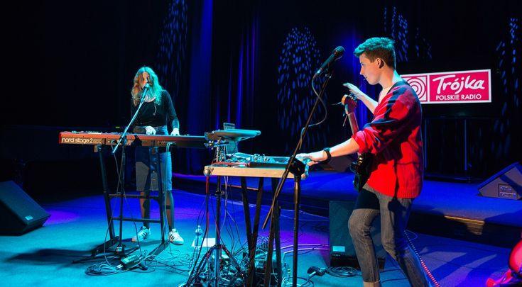 Duet The Dumplings na koncercie w Trójce * * * * * * www.polskieradio.pl YOU TUBE www.youtube.com/user/polskieradiopl FACEBOOK www.facebook.com/polskieradiopl?ref=hl INSTAGRAM www.instagram.com/polskieradio