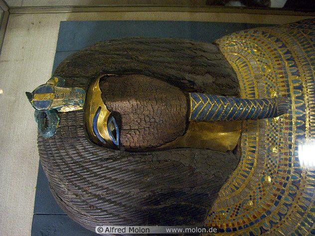 09 Sarcophagus of King Akhenaten | Akhenaten + Nefertiti ...