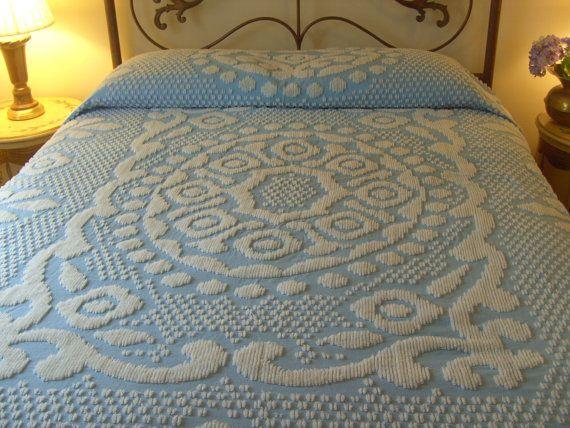 Vintage Chenile Bedspread