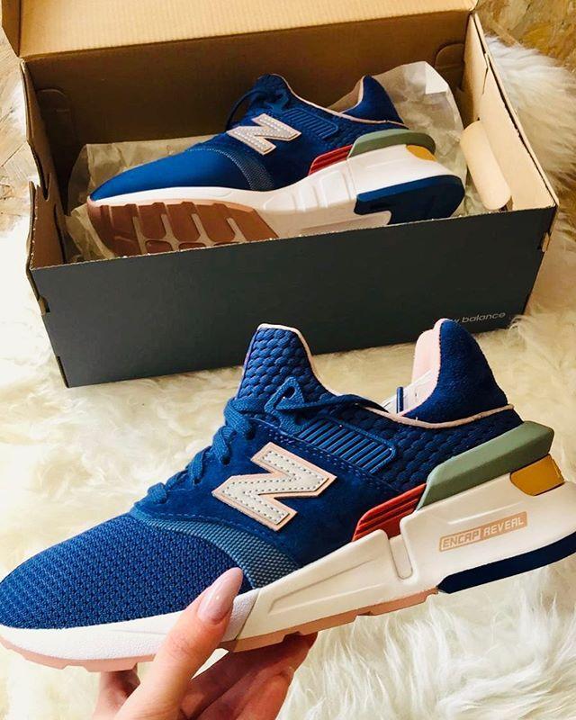 new balance sneaker shop