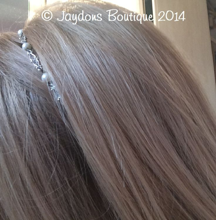 Swarovski Pearls & Sterling Silver headband, ideal for proms, weddings, bridesmaids etc - check out our blog for New Products coming soon - http://jaydons-boutique.co.uk/blog.aspx