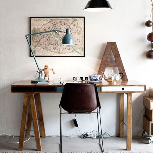 Wood, maps & #a for #awesomeMaps, Offices Spaces, Interiors, Work Spaces, House Doctors, Workspaces, Desks, Home Offices Design, Bureau