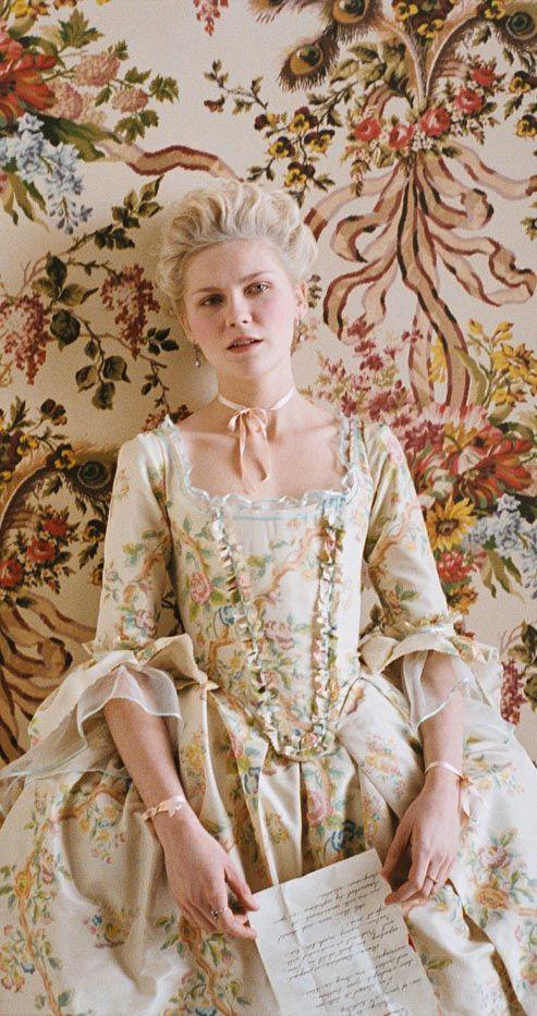 #Film Marie Antoinette (María Antonieta) / Directed by Sofia Coppola