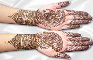 How to Make Mehndi (Henna) Paste, English / Urdu RecipeHenna Art, Mehndi Design, Henna Diy, Henna Mehndi, Art Painting, Henna Tattoo, Beautiful Mehndi, Hair Makeup Beautiful, Mehndi Henna Design