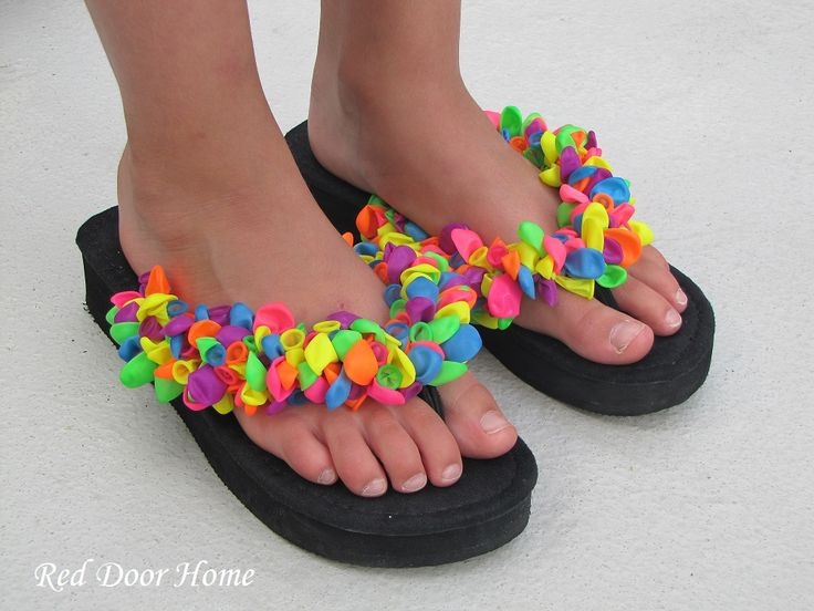 My Mom Made That: 12 Awesome DIY Flip Flop Ideas (Photo Originally found on Red Door Home)