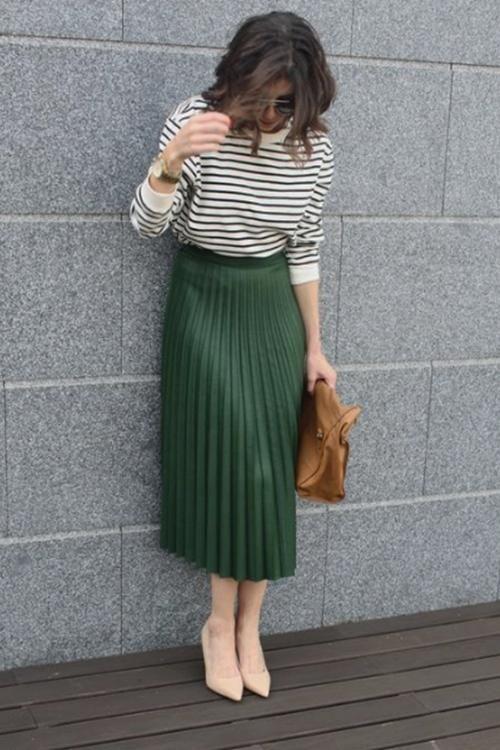 Take You There Pleated Midi Skirt 3