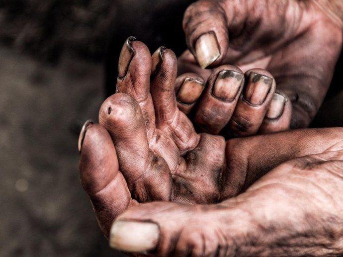 Rough hands,migrant worker